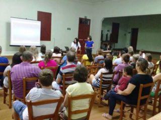Escola Municipal Professora Eida da Silveira realizou reunião com pais de alunos