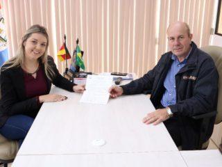 Prefeitura de Lagoa dos Três Cantos contrata nova fonoaudióloga