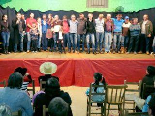 Comunidade de Linha Colorado realizou Festa Junina com apresentações teatrais