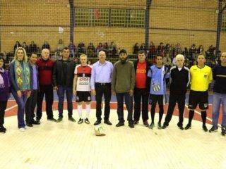Homenagem a Avelino Antonio da Silva marca a abertura do Campeonato Municipal de Futsal