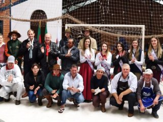 Entrega dos certificados de participação da VII Cavalgada Intermunicipal do Racho Vô Emílio 2017