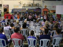 Escola Dona Leopoldina realizou apresentação de Natal