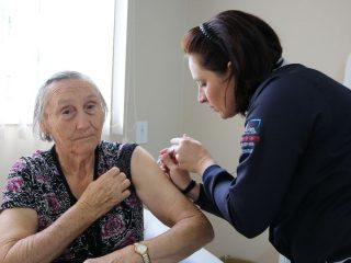Campanha Nacional de Vacinação Contra a Gripe está sendo realizada em Lagoa dos Três Cantos