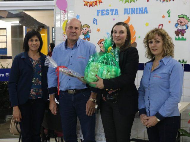 REUNIÃO DE PAIS NA EMEF PROFESSORA EIDA DA SILVEIRA