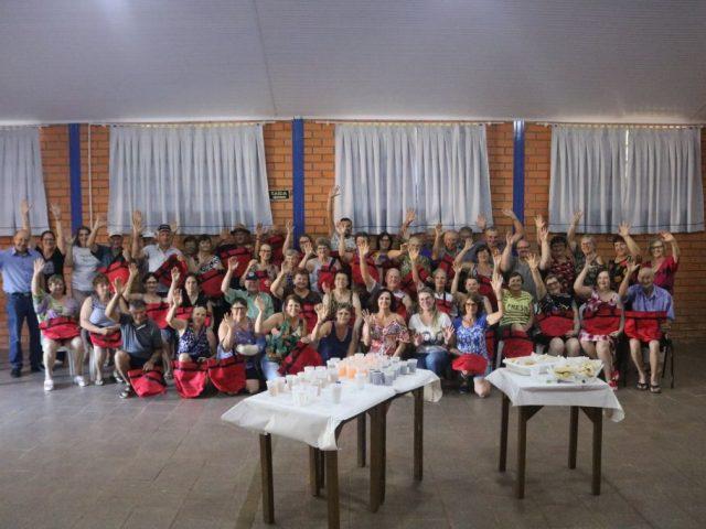 CONFRATERNIZAÇÃO DAS TURMAS DE HIDROGINÁSTICA