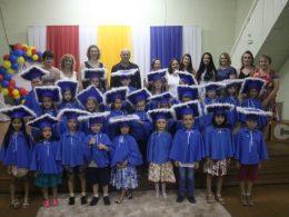 FORMATURA DA ESCOLA MUNICIPAL DE EDUCAÇÃO INFANTIL RAINHA