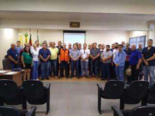 PREFEITO MUNICIPAL PARTICIPA DE REUNIÃO EM QUINZE DE NOVEMBRO/RS
