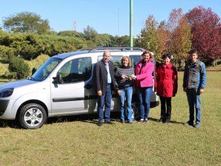 Administração Municipal Adquire Veículo Doblo destinado a Secretaria da Educação, Cultura, Turismo, Desporto e Lazer: