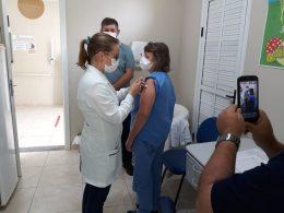 Vacinação contra Covid-19 em Lagoa dos Três Cantos