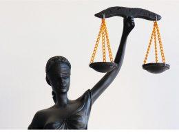 Por descumprimento às determinações de isolamento social ou quarentena o cidadão poderá ser responsabilizado criminalmente