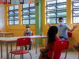 Equipe diretiva das escolas municipais de Lagoa dos Três Cantos planejaram o retorno às aulas