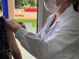 Lagoa dos Três Cantos recebeu e aplicou 200 doses de vacina contra a Covid-19