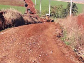 Secretaria de Obras retoma o trabalho de recuperação de estradas