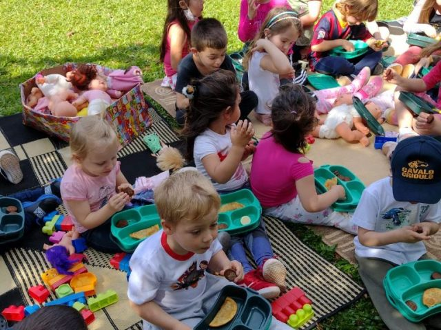 Piquenique em comemoração ao Dia da Crianças
